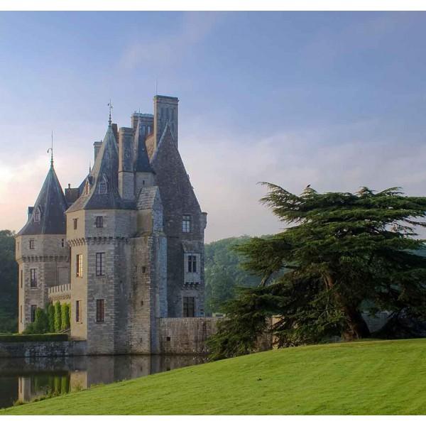 Замок в холмах