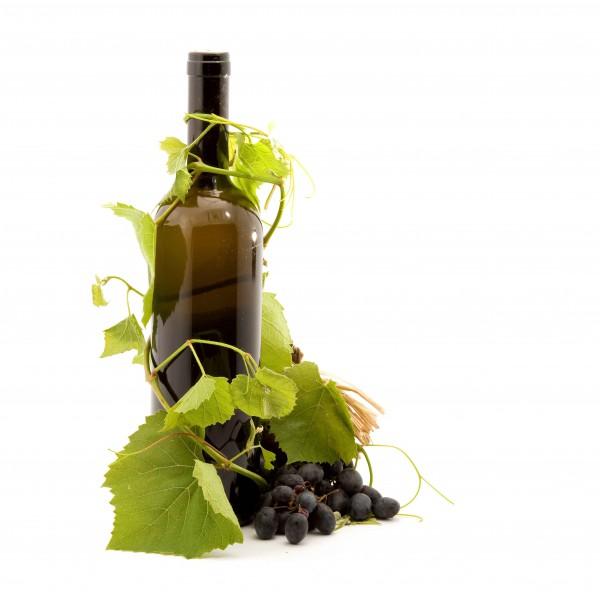 Виноград и бутылка